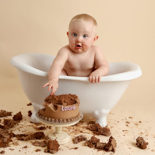 Baby Art Studio Cake Smash - 5 of 6